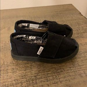 Baby Toms size toddler 6
